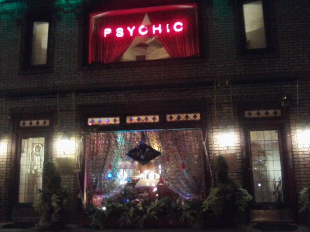 Photo of neon psychic sign in New York City, NY copyright 2012 - 2019 by Nippies.com. All rights reserved.
